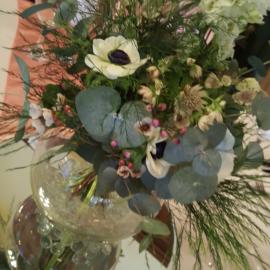 wedding-venue-decorations-birmingham-amy-victoria-flora-centrepiece