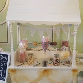 wedding-venue-decorations-birmingham-amy-victoria-sweet-cart-gold-decor